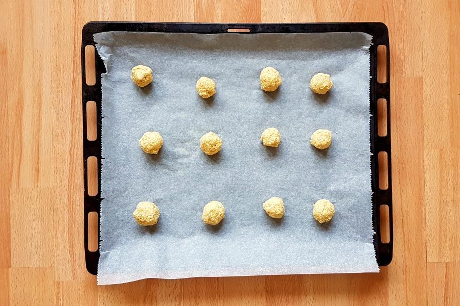 surinaamse-kaaskoekjes-glutenvrij-op-bakplaat