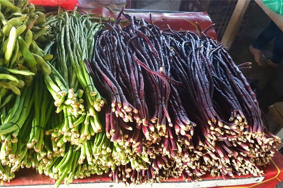 leukste-markten-van-paramaribo-chinees-kousenband-paars