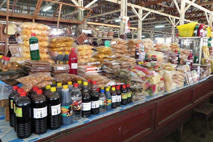 leukste-markten-van-paramaribo-noodmarkt