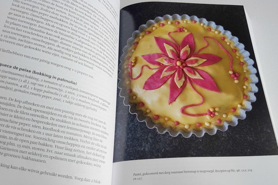 groot-surinaams-kookboek-pastei-foto