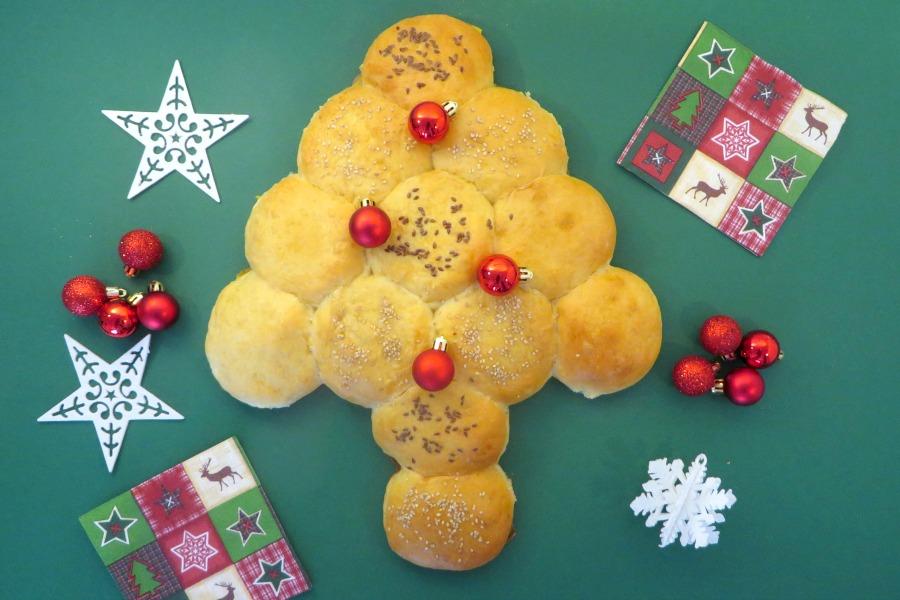 recept kerstboom breekbrood zachte witte bolletjes