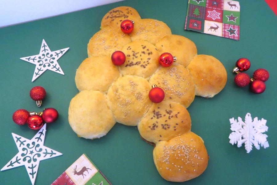 kerstboom breekbrood recept zachte witte bolletjes