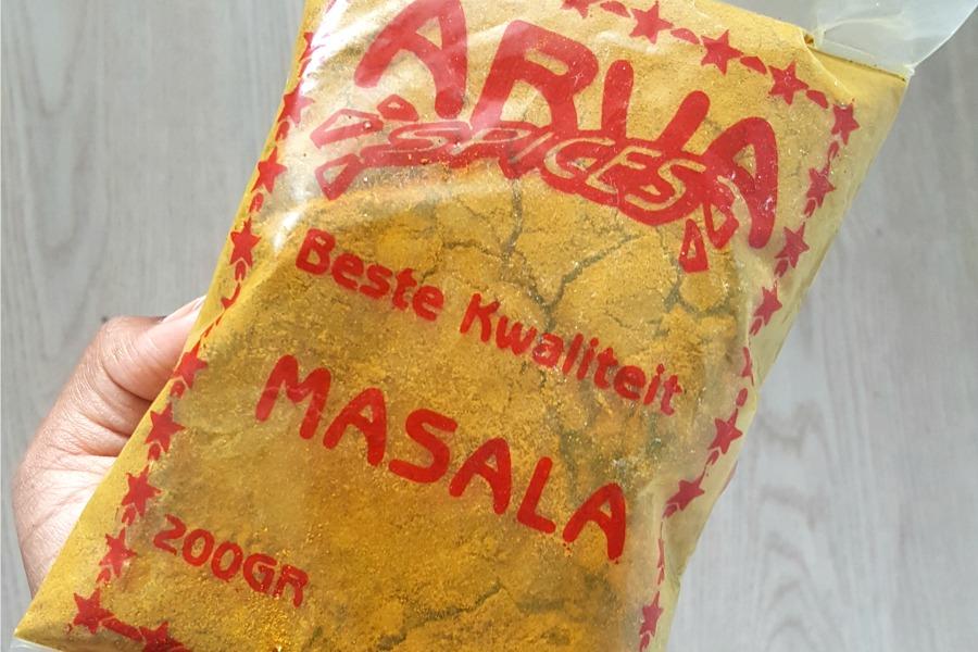 surinaamse food souvenirs masala roti