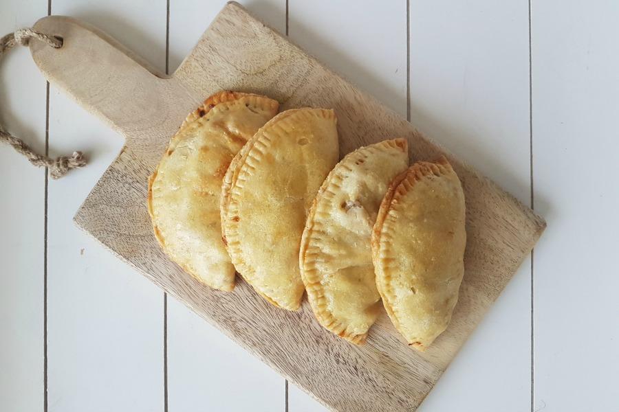 snel pasteideeg voor Surinaamse pastei recept