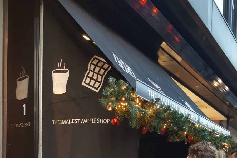 eten in antwerpen waffle shop