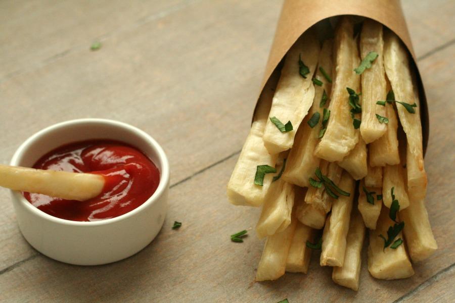 telo recept knapperige cassave frietjes