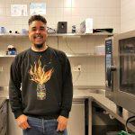 London Loy, een 'straatboi uit Bimre' die lekker kan koken