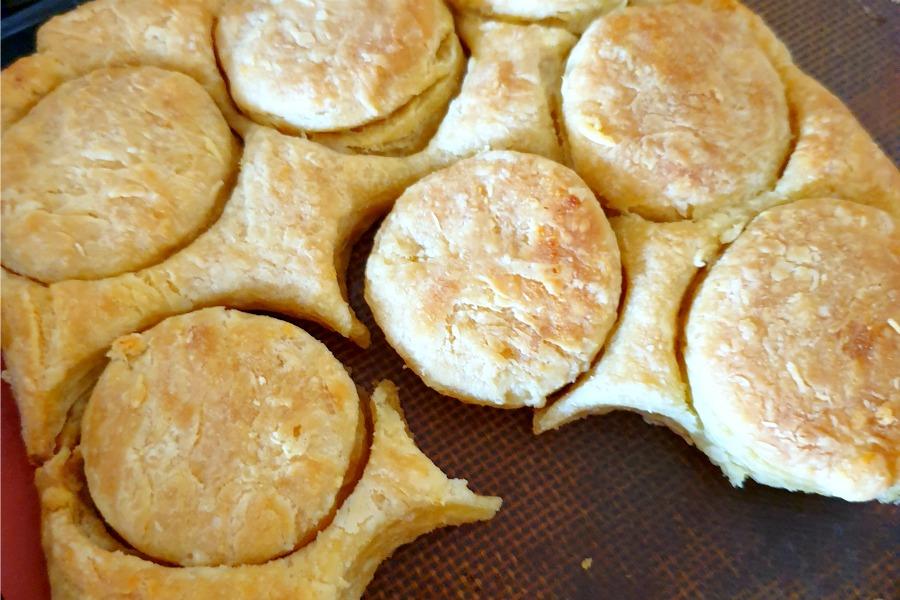 recept American buttermilk biscuits rondjes