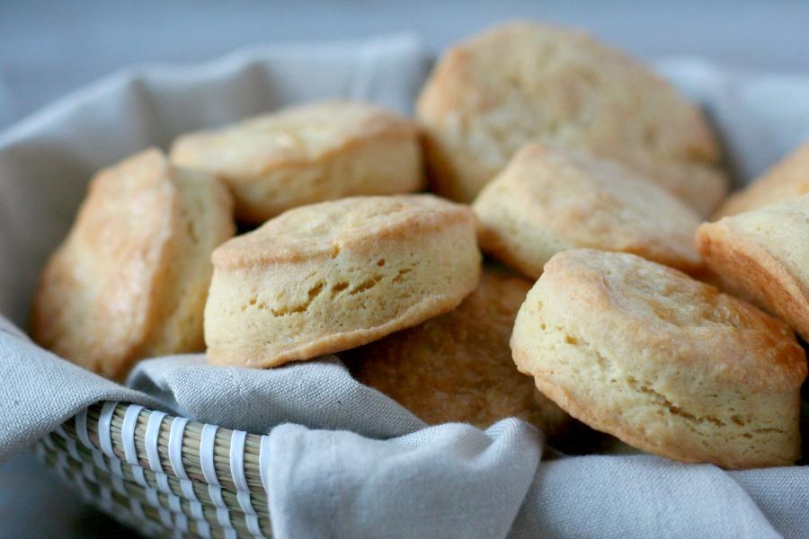 recept de lekkerste Amerikaanse buttermilk biscuits