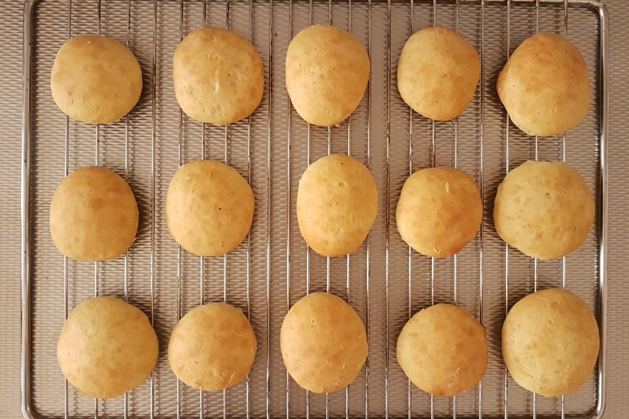 recept Surinaamse Berlinerbollen baked jelly doughnuts