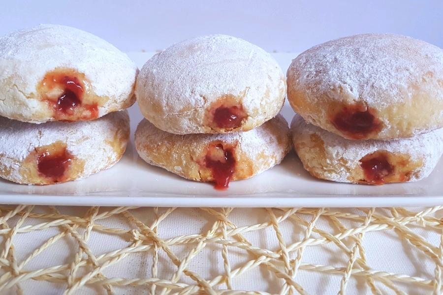 recipe jelly doughnut recept Surinaamse Berlinerbollen