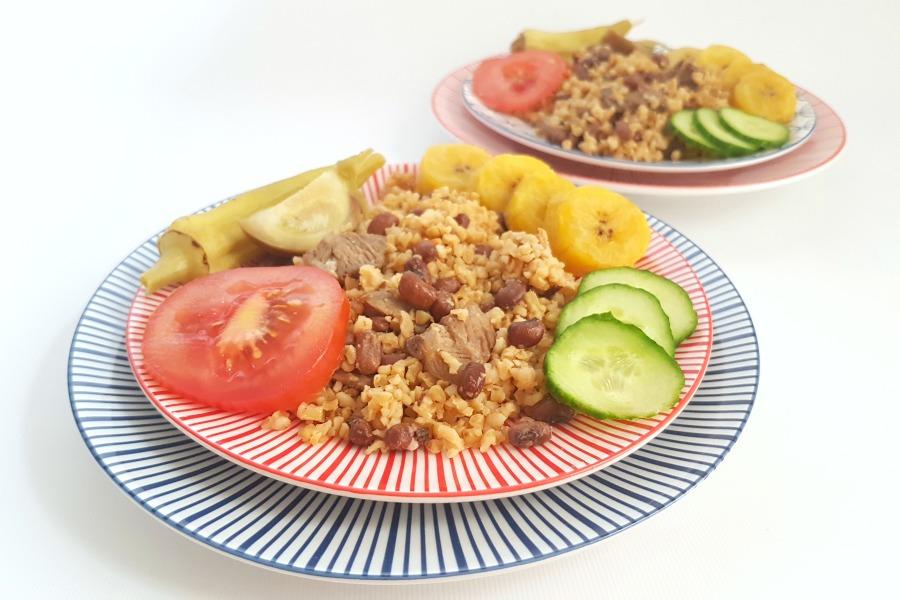 recipe rice and beans Suriname moksi alesi plantain