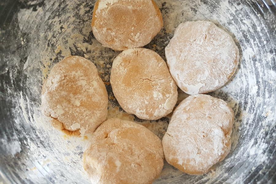 sweet potato flatbread recipe zoete aardappel roti recept bolletjes