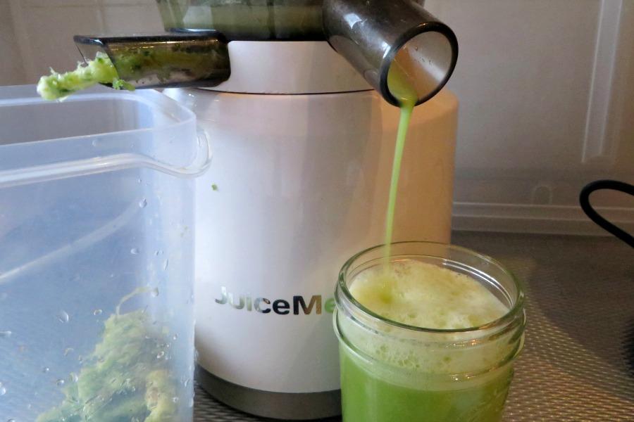 bitter melon juice groen sopropo sapje juicer