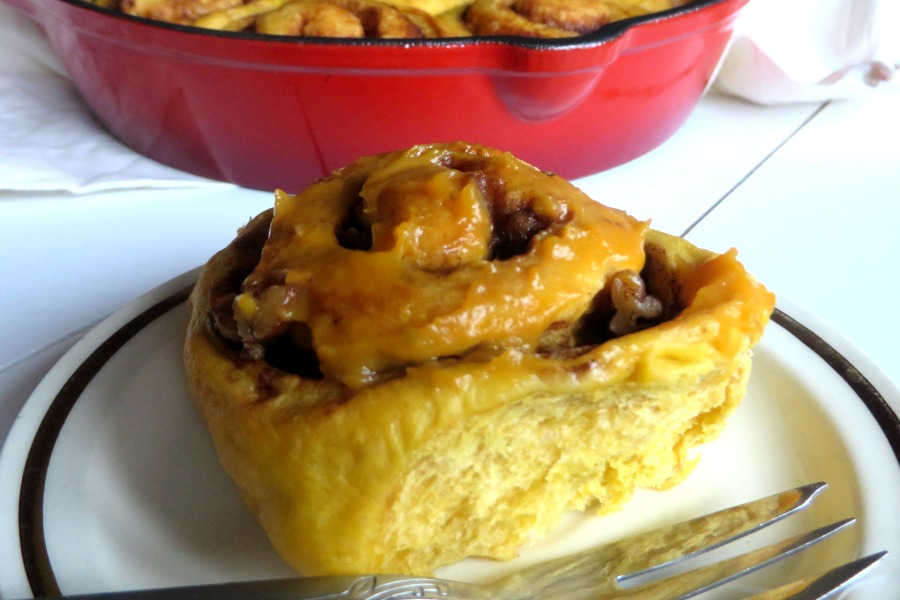 sweet potato glaze sweet potato cinnamon buns zoete aardappel kaneelbollen