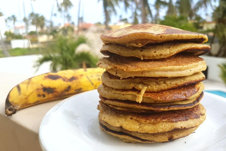 recept pannenkoeken met bakbanaan recipe plantain pancakes