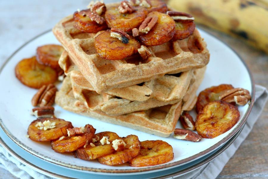 plantain waffles recept bakbanaan wafels